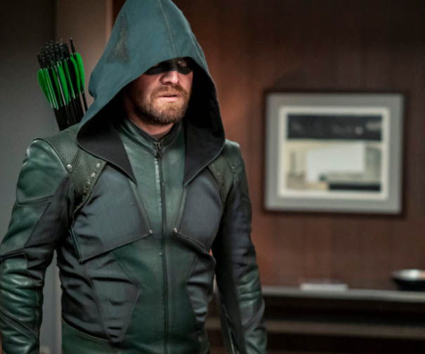 the new suit for green arrow in the last season of green arrow